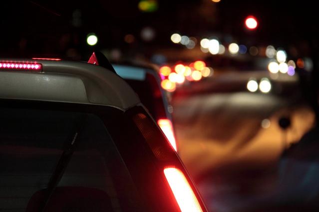 高速道路の渋滞の時の運転方法やコツなどについて